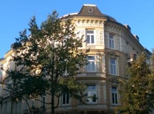 Schmuckfassade an der Heinrich-Barth-Straße