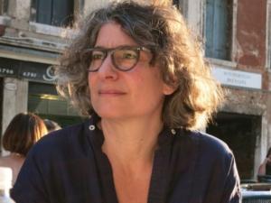 Sonia Simmenauer, Salongründerin mit Weitblick