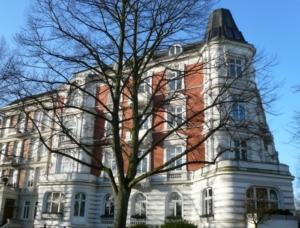 Gründerzeitimmobilie an der Ecke Hartungstraße/Rothenbaumchaussee