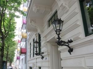 Herrliche Kandelaber in der Bornstraße