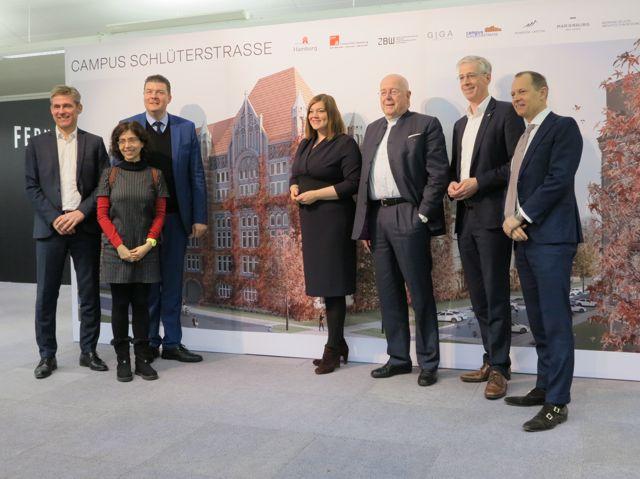 Pressekonferenz über Erweiterung Campus Von-Melle-Park durch altes Fernmeldeamt Schlüterstraße