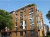 Schicke Neubauwohnung mit sonnigem Erkerzimmer - Blick von der Straße