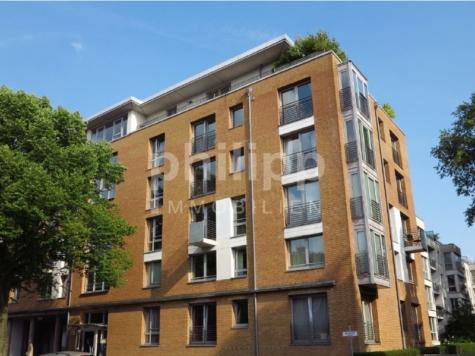 Schicke Neubauwohnung mit sonnigem Erkerzimmer, 22307 Hamburg-Barmbek Nord, Etagenwohnung
